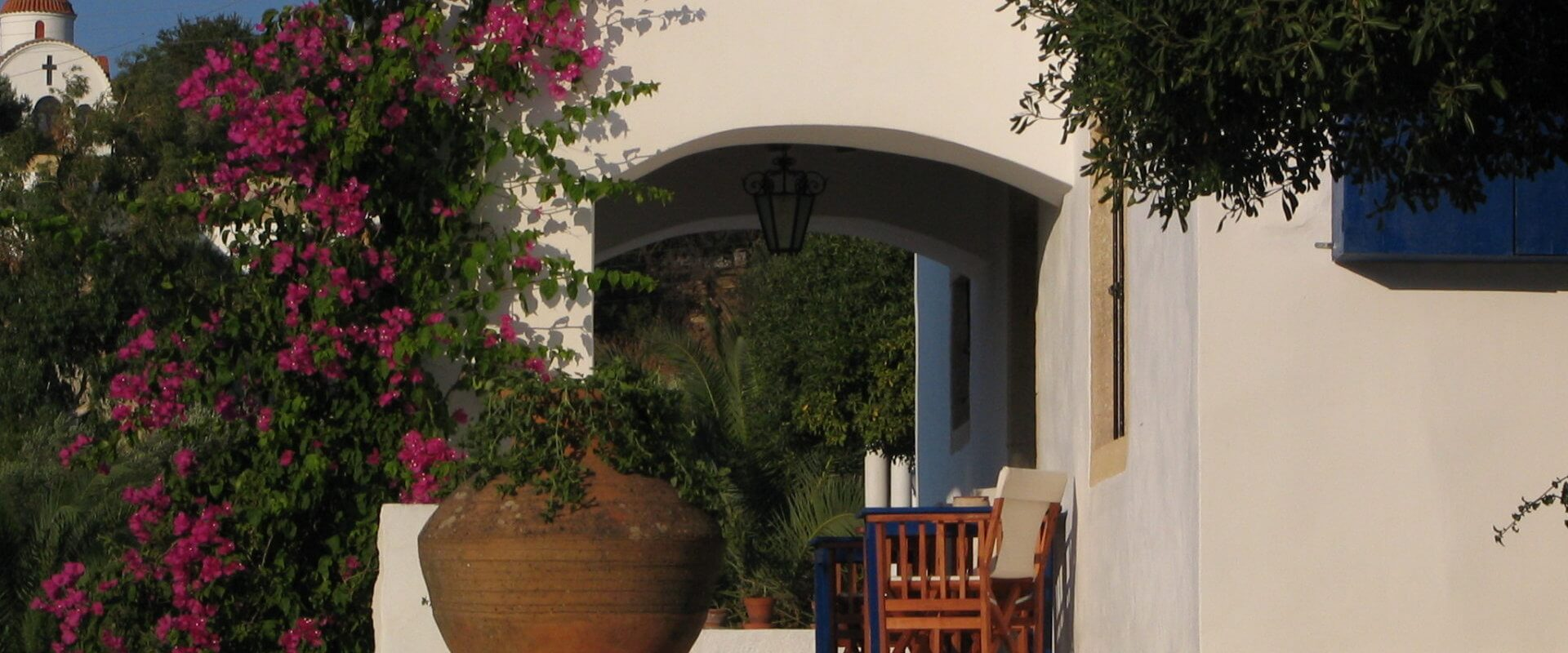 Neoclassical house in Leros L 616