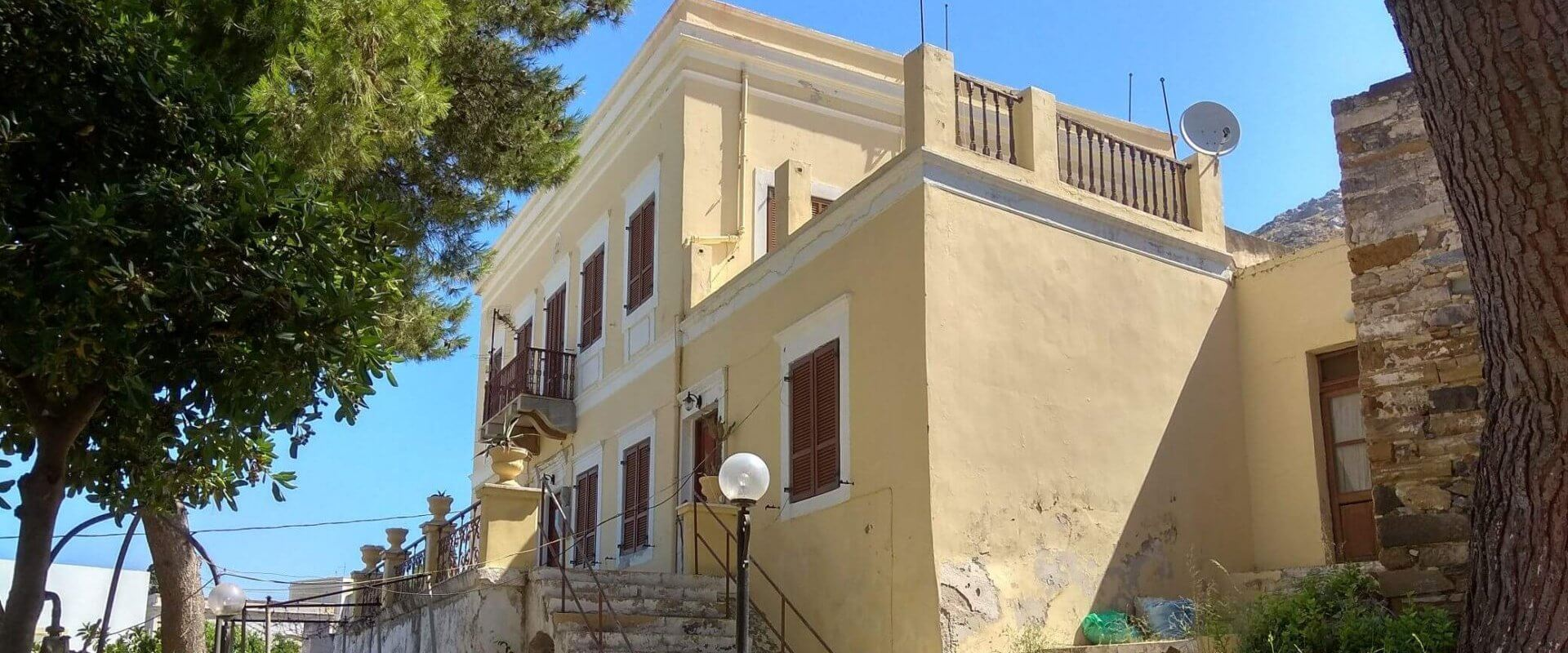 Neoclassical in Leros island L639
